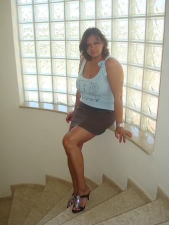 32 Lena 46 ans 1